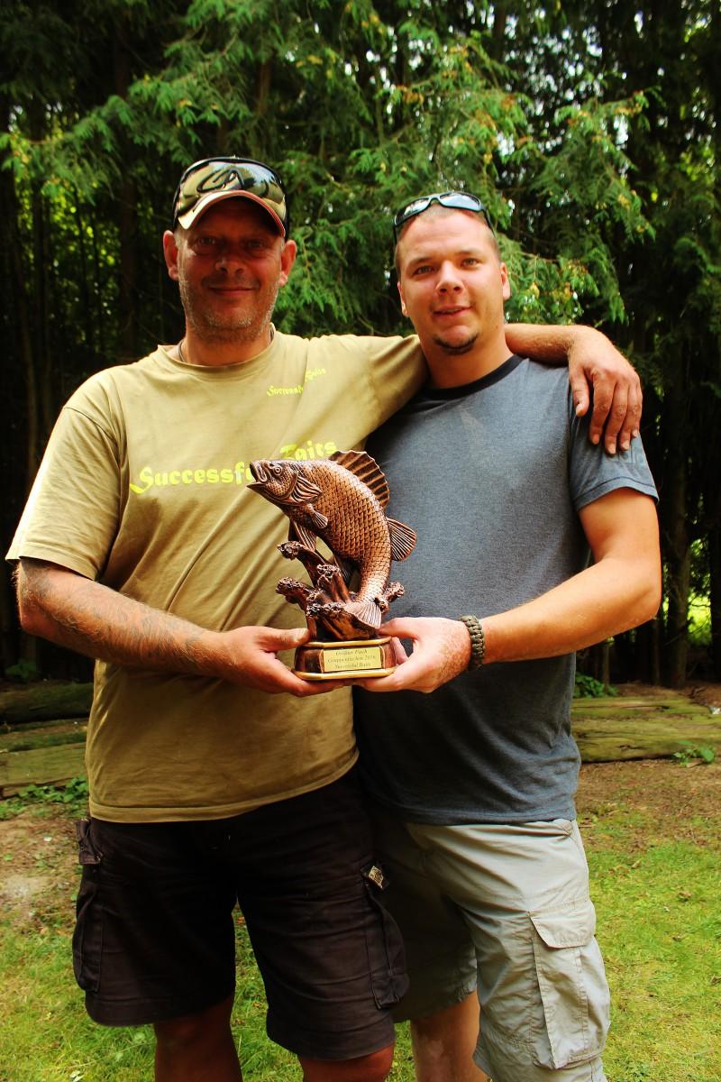 Der Preis für den schwersten Fisch, Frank Hagedorn und Sven Homann. Good Angling !